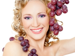 Homemade Grape Face Masks For Different Skin Types