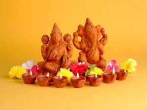 How To Do Lakshmi Pooja At Home On This Diwali