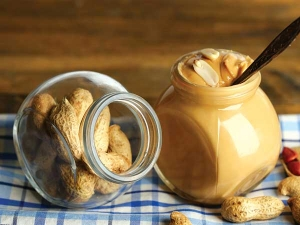 Reasons To Start Eating Peanut Butter Daily