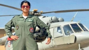 All About Swati Rathore First Woman To Lead Republic Day Parade Flypast In Malayalam