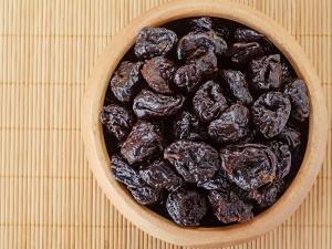 Reasons You Should Eat Prunes Every Day