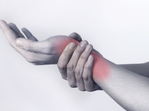 Causes And Ways To Treat Wrist Pain