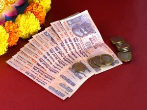 Astrology Remedies To Clear Debt And Loan In Malayalam