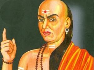 Chanakya Niti These Bad Habits Can Make Goddess Lakshmi Angry